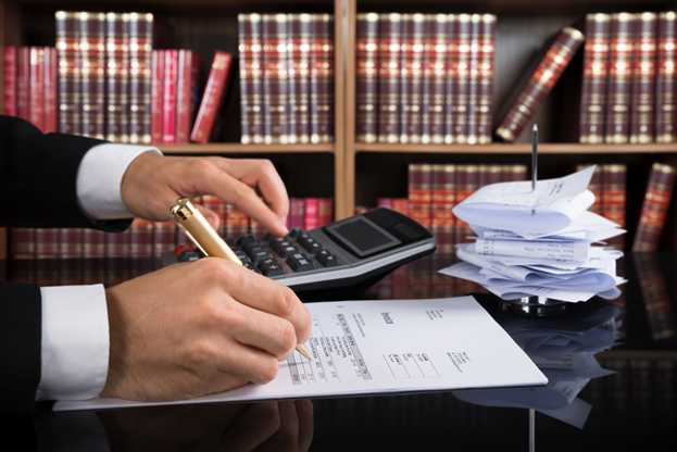 How Much Does a Personal Injury Attorney Cost?