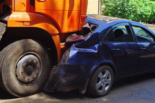 Truck Accidents FAQs - Fisher Stark P.A. , Asheville Truck Accident Attorneys